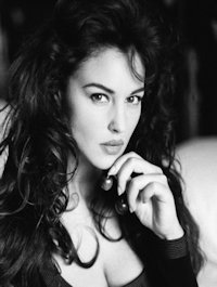 Maris Belrose (Courtesan) Actress: Monica Bellucci