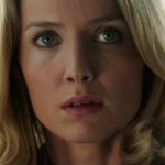 annabelle-wallis-in-annabelle-movie-8