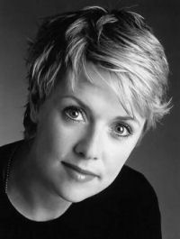 Lt. Colonel Samantha Carter (Domme) Actress: Amanda Tapping